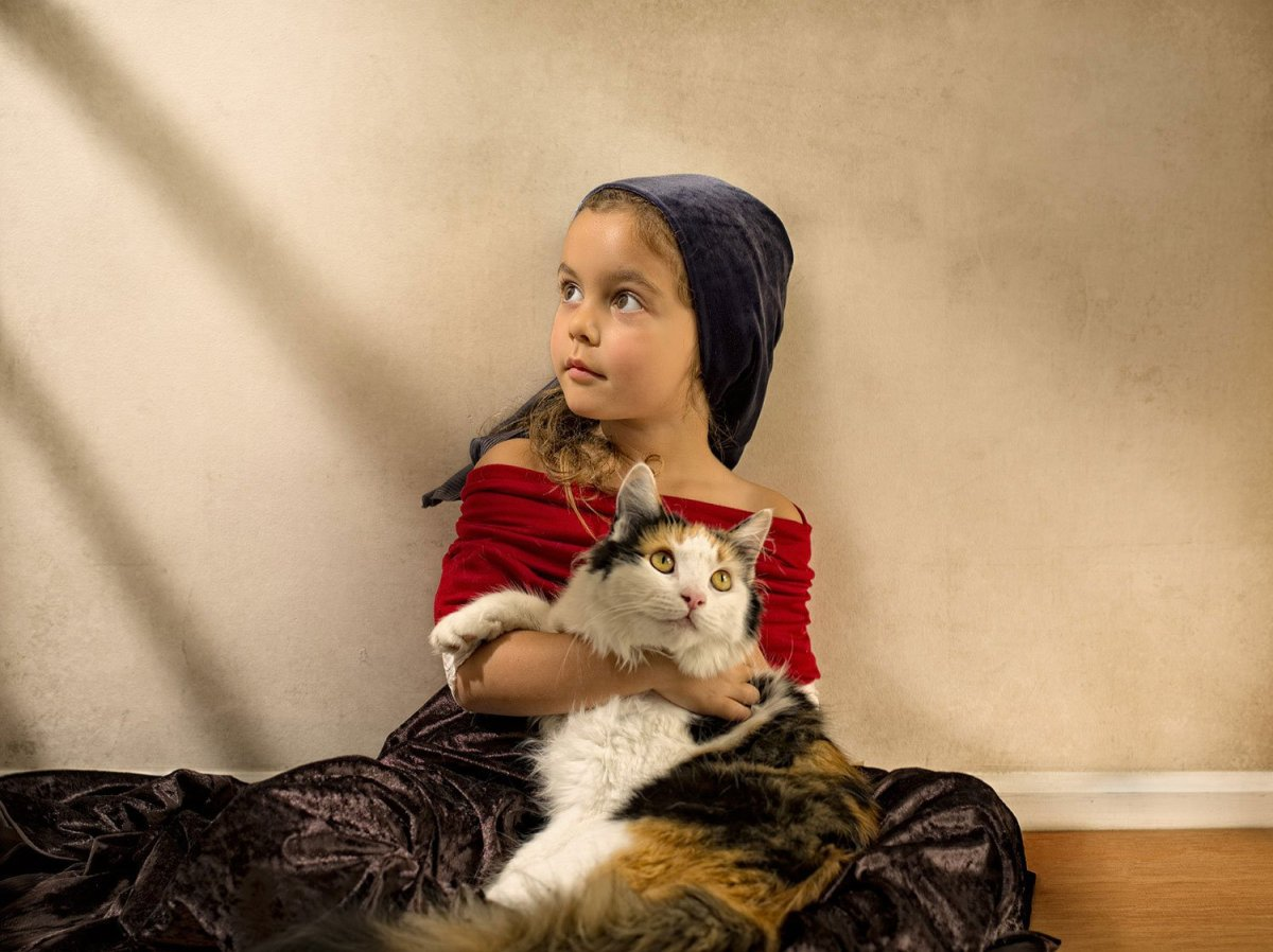 Feline friend, by Bill Gekas